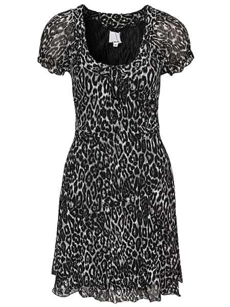 b-young farah kortärmad klänning