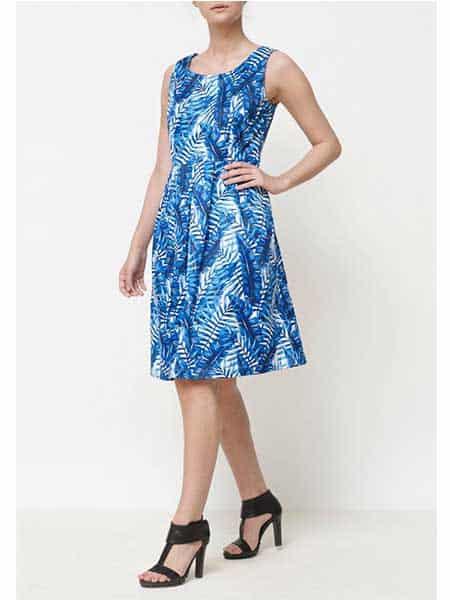isay blå klänning